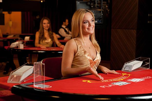 live paypal casino dealerin